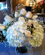 A beautiful dozen of white roses and hydrangea\'s