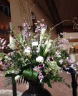 beautiful Urn arrangement at Imaculate Conception